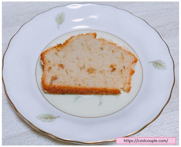 コストコのバナナクランブルマフィンをパウンドケーキ状にスライスした画像