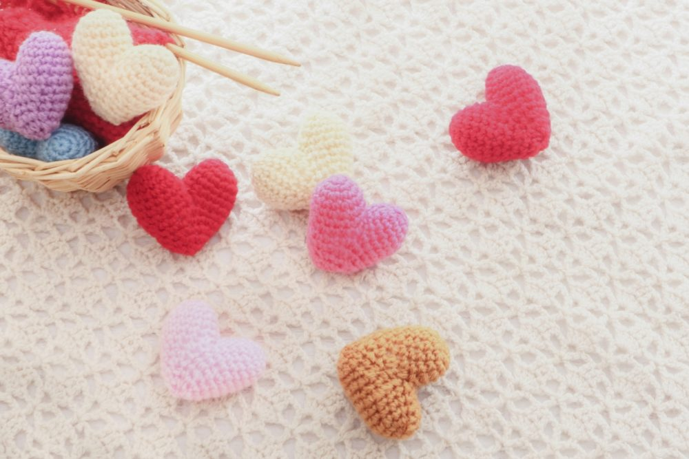 ハートの編み物の画像